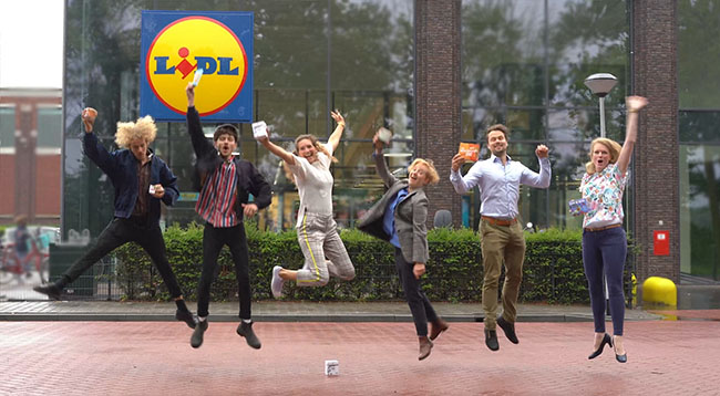 Lidl Future Goods Week 2020 - startup founders jumping in air
